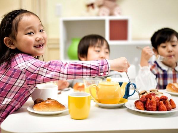 Cho trẻ uống canxi và vitamin D như thế nào mới hiệu quả?