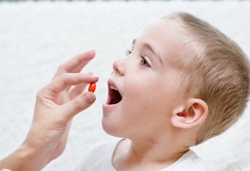 Trẻ còi xương uống thuốc gì