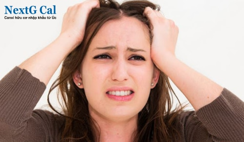 Nguyên nhân dẫn đến rụng tóc ở nữ giới