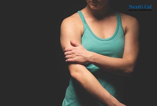 Biểu hiện gãy xương cánh tay trên